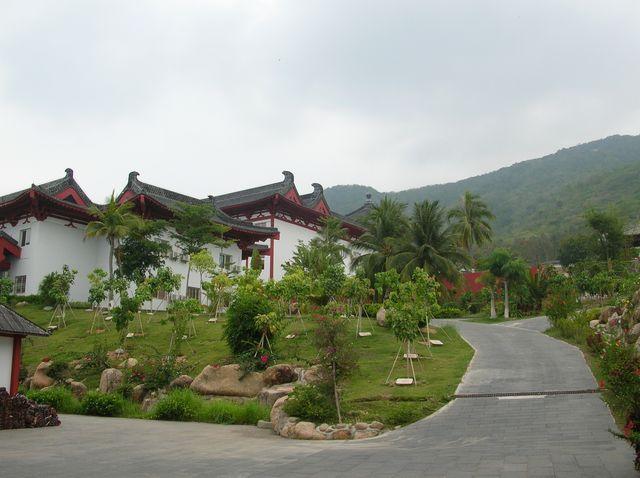 Буддийский монастырь в парке Наньшань. Хайнань