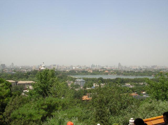 Вид на Парк Бэйхай. Пекин