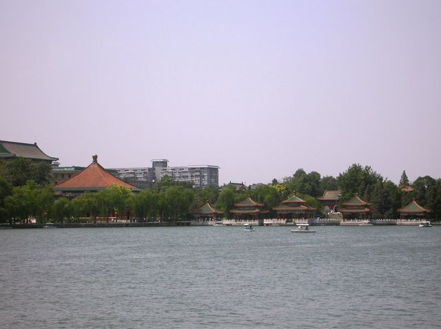 Павильоны Пяти драконов, парк Бэйхай. Пекин
