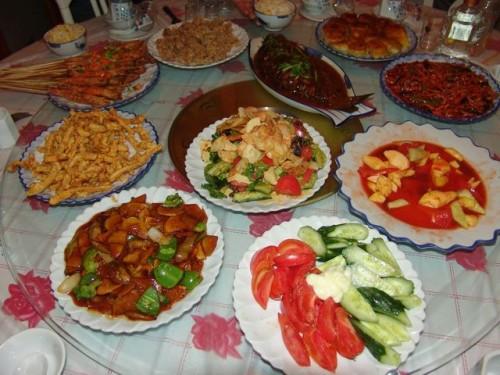 Блюда национальной китайской кухни в ресторане города Хэйхэ