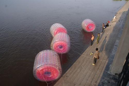 Водные развлечения на набережной Амура г.Хэйхэ