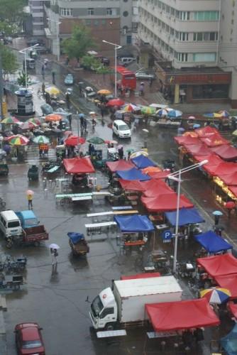 Уличный рынок города Хэйхэ