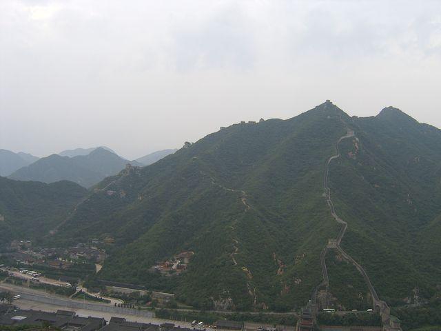Спуски и подъемы очень крутые и проходят по хребтам и вершинам гор