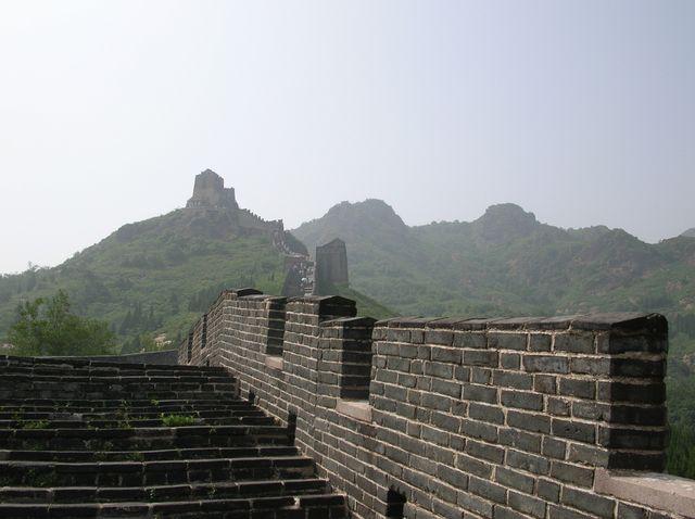 Великая китайская стена в окрестностях города Циньхуандао