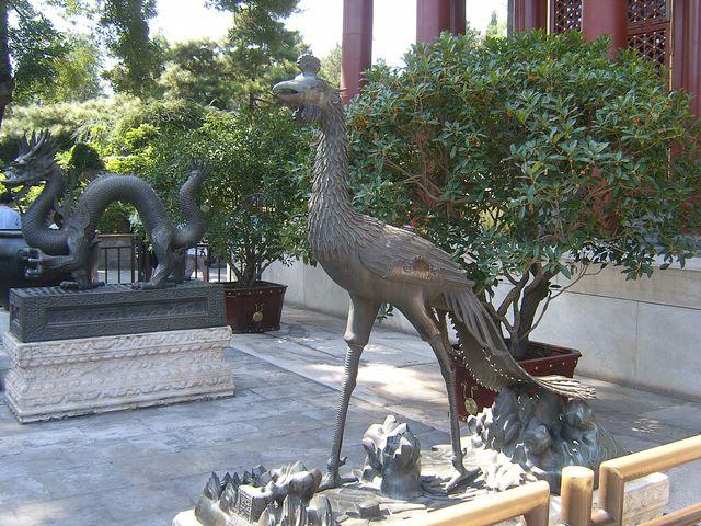 Дракон и Феникс символы императорской власти. Пекин
