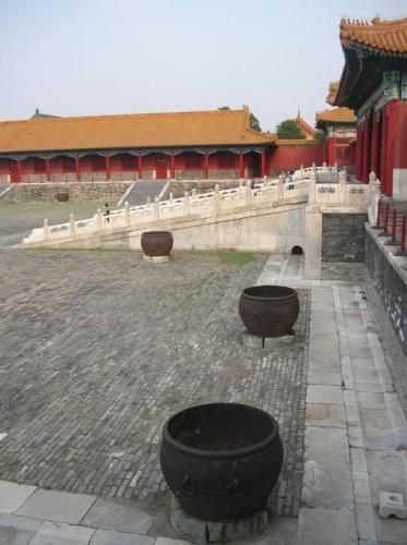 Котлы для воды в Гугуне. Раньше использовались для тушения пожаров