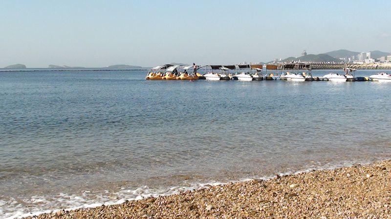 Прокат катамаранов на пляже Синхай. Далянь