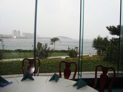 Обед с видом на море