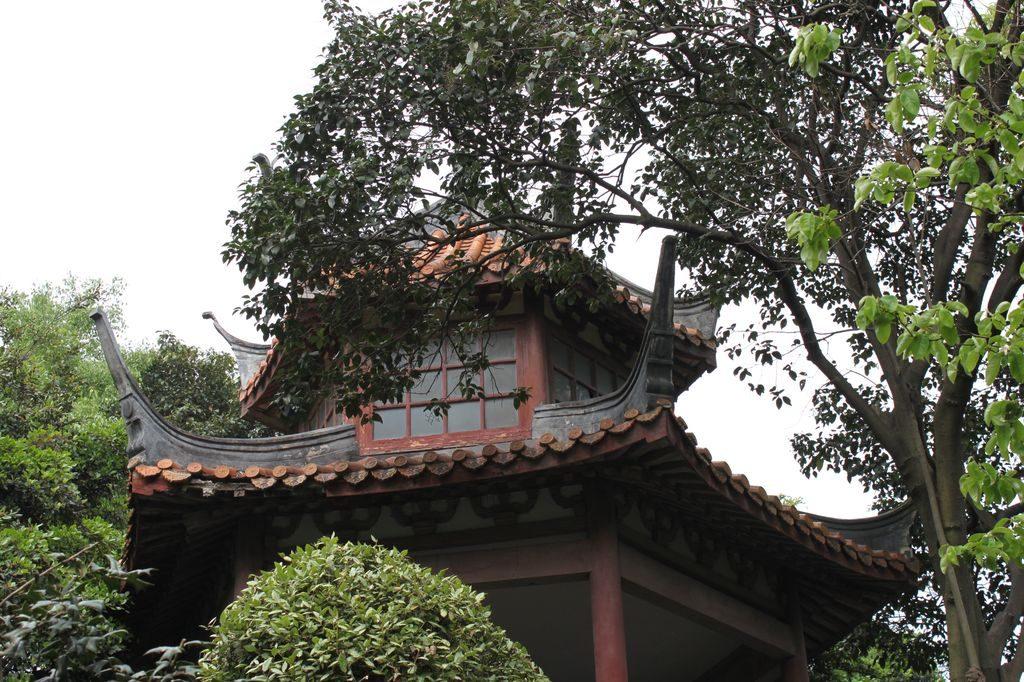 Беседка в Луксун парке. Шанхай