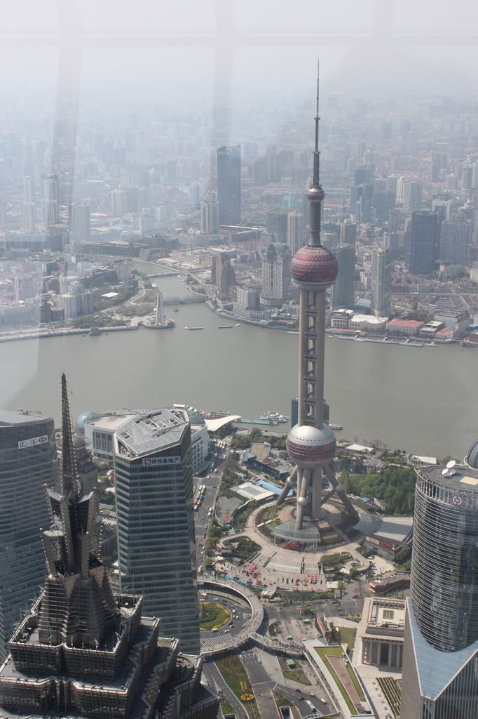 Вид на Шанхайскую телебашню