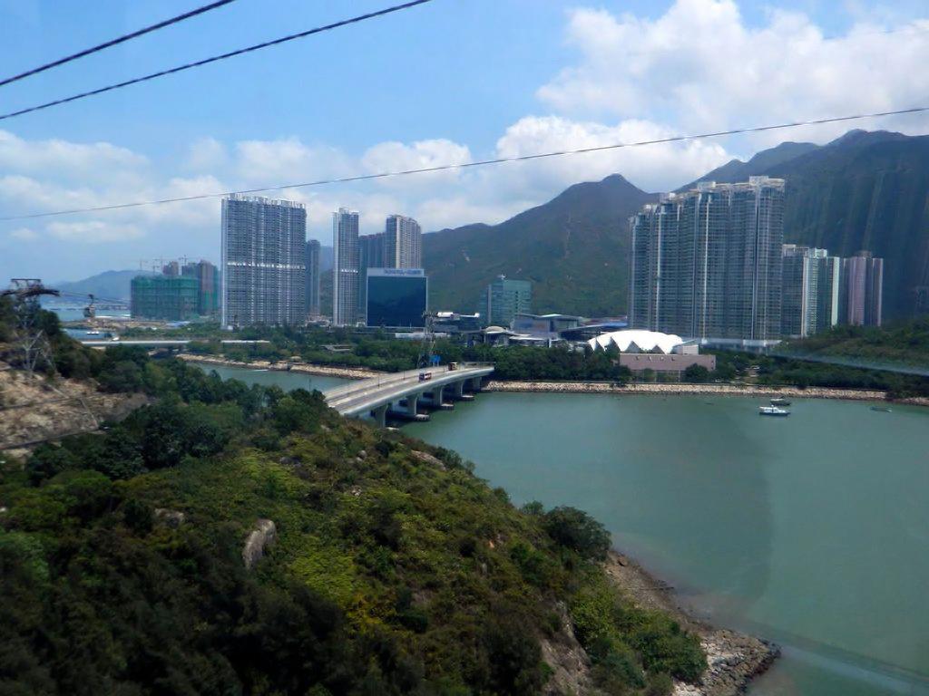 Канатная дорога «Ngong Ping» в Гонконге