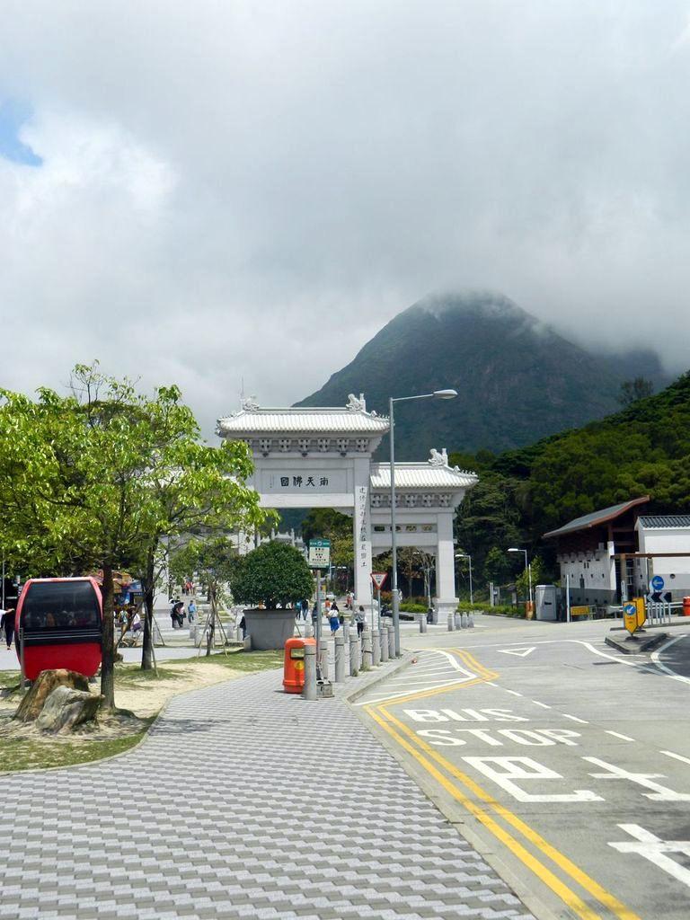 Выставка кабинок с канатных дорог разных стран. Гонконг