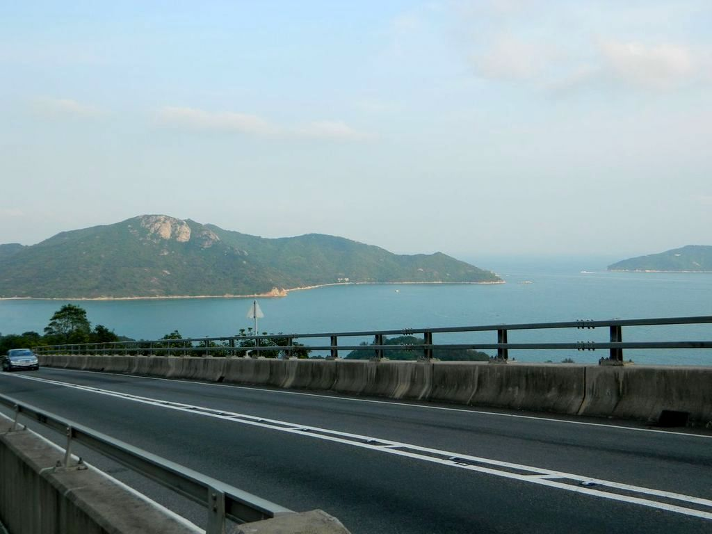 Дорога к пляжу Upper Cheung Sha Beach. Гонконг
