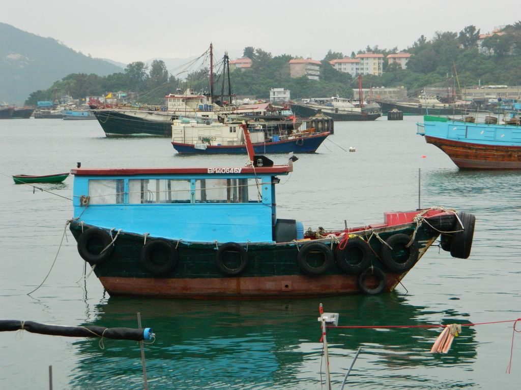 Рыбацкие лодки на острове Ченг Чау