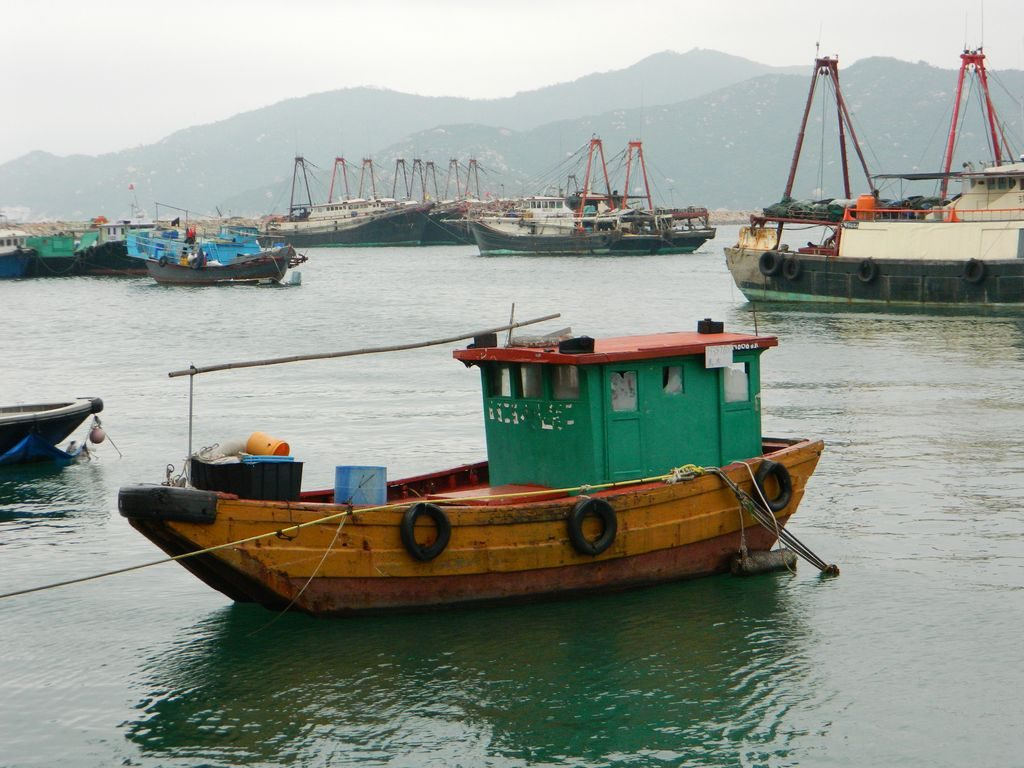 Рыбацкая лодка, о. Ченг Чау