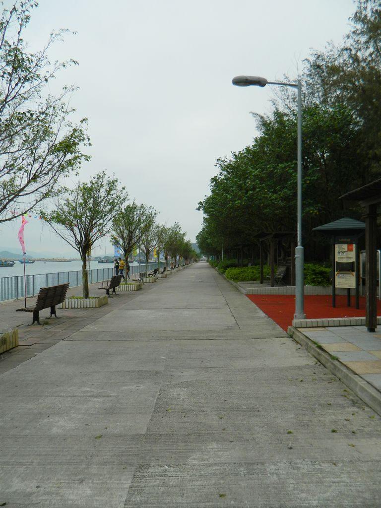 Аллея вдоль моря, о. Ченг Чау