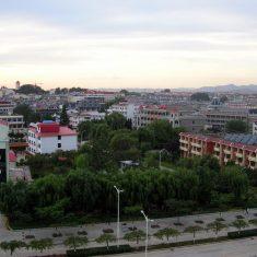 Вид на Бэйдайхэ с балкона гостиницы Яньшань