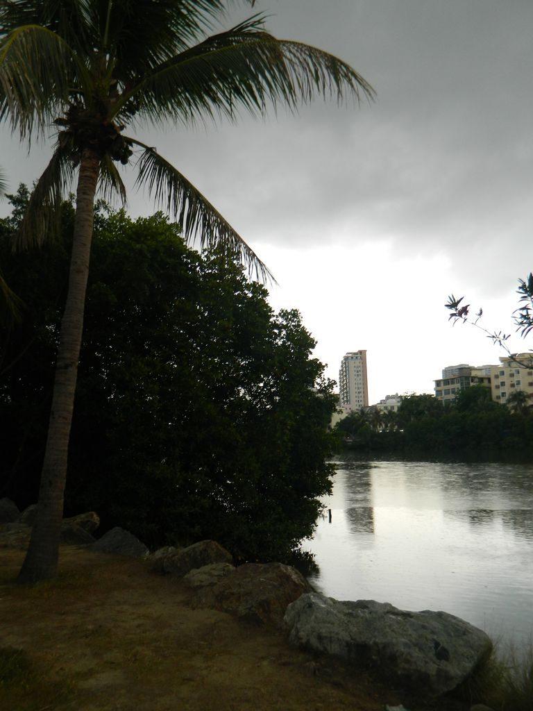 Сезон дождей на Хайнане