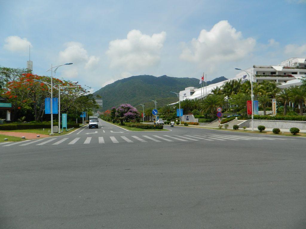 Бухта Ялунвань, Хайнань