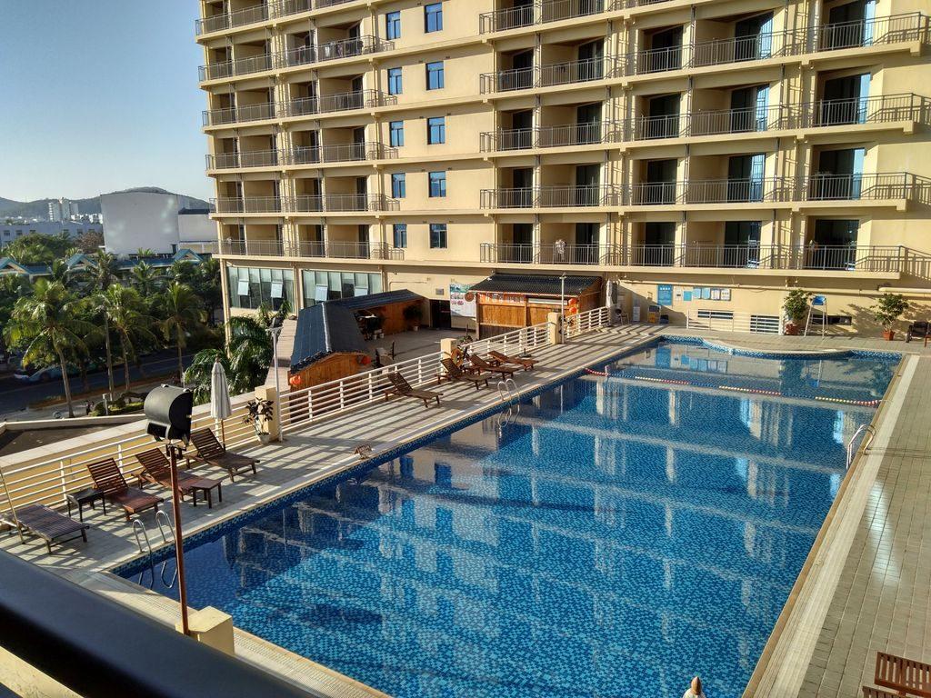 Бассейн отеля Gentl Grown Sanya Seashore, Дадунхай