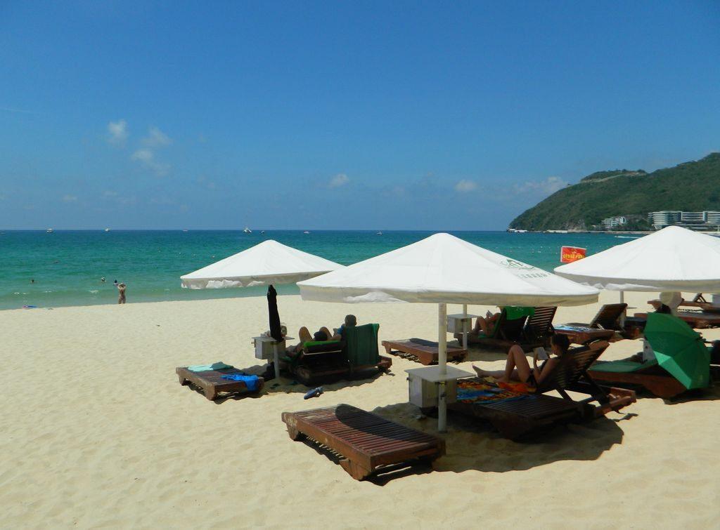 Хайнань в мае идеален для пляжного отдыха