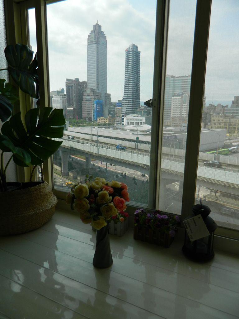 Вид на Тайбэй из окна квартиры, Тайвань