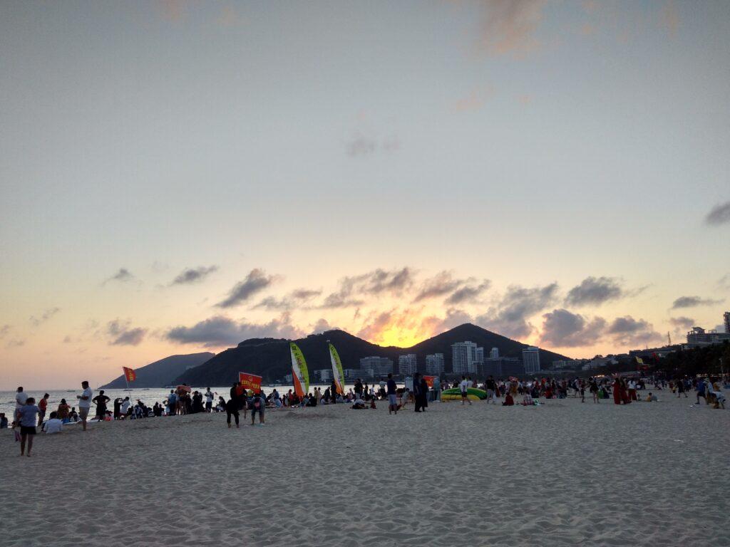 Пляж Дадунхай в феврале, Хайнань