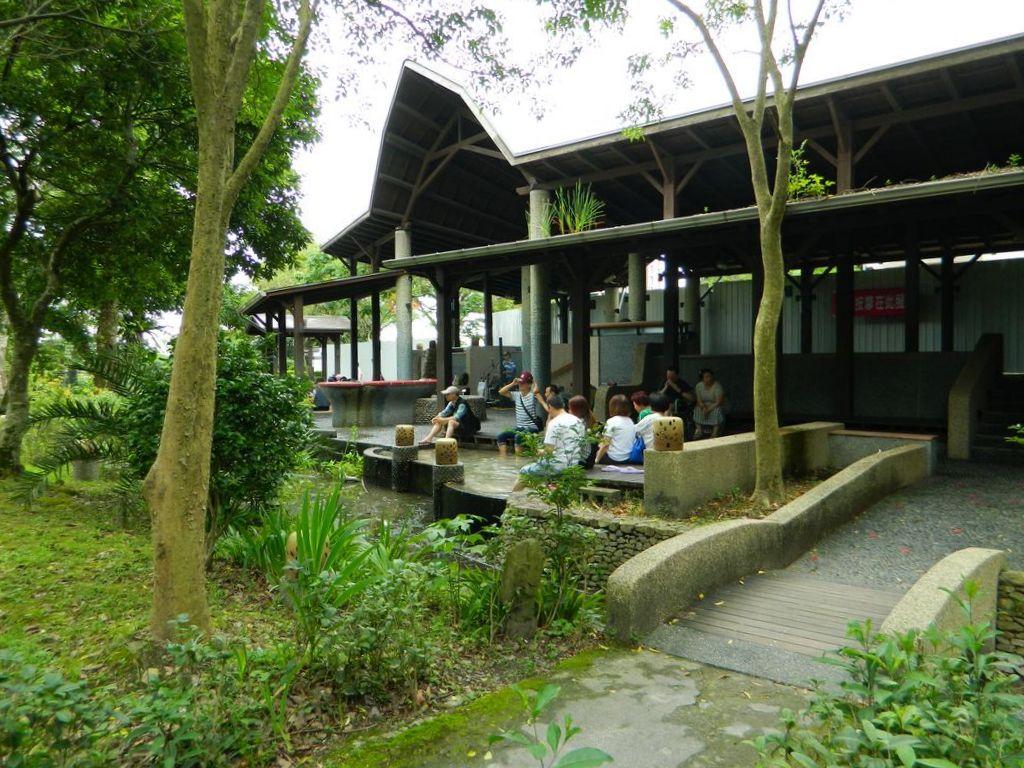 Бесплатные общественные ванны для ног в парке, Тайвань