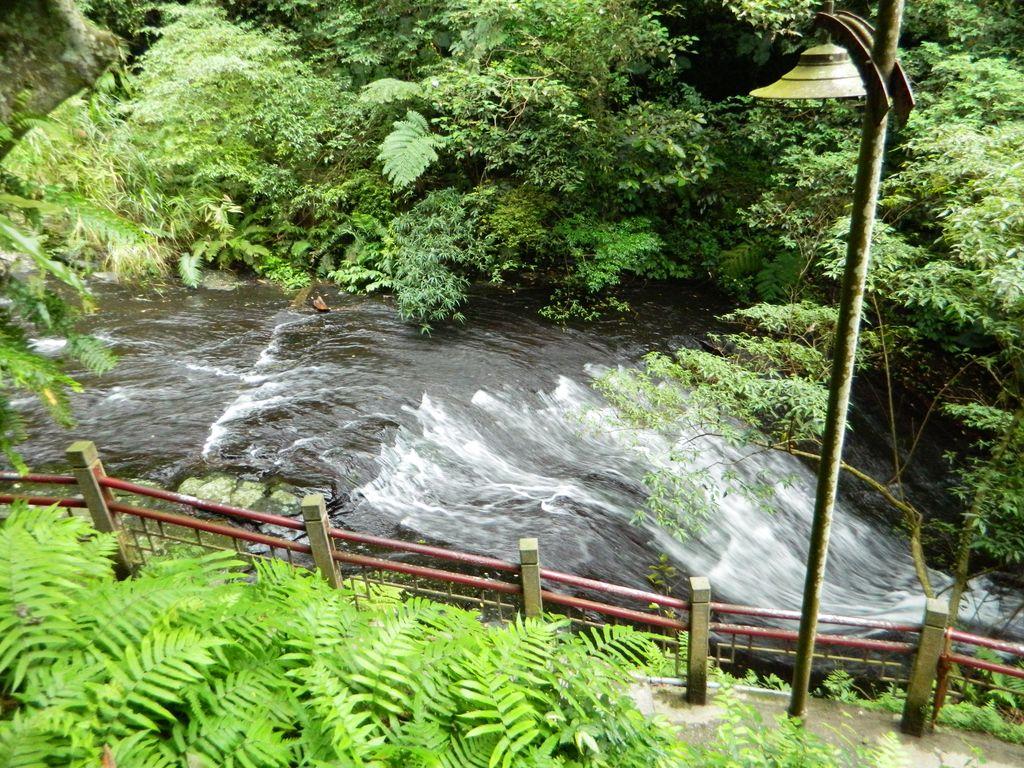 Дорога к водопаду Wufengqi