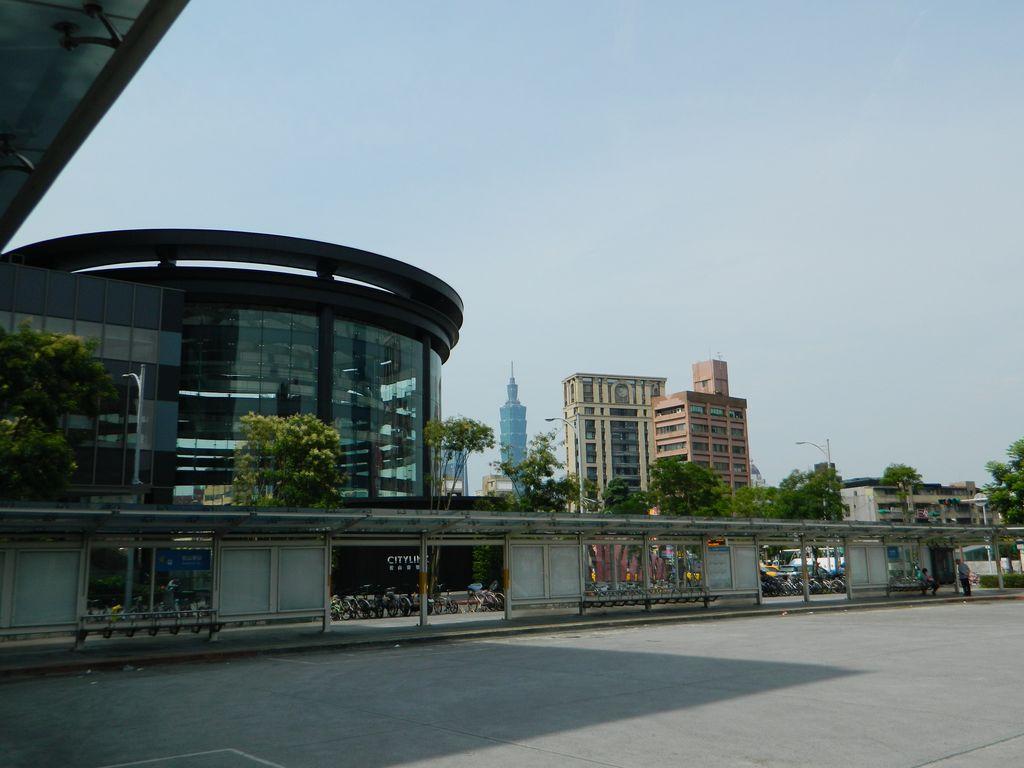 Автостанция Songshan, Тайвань