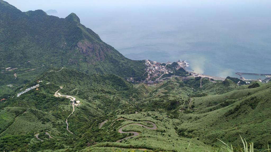 Вид на горы и море с вершины, Тайвань