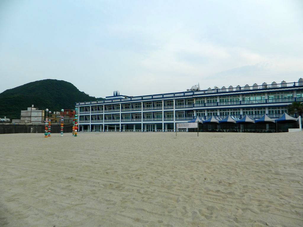 Отель White House Resort на пляже Wanli, Тайвань