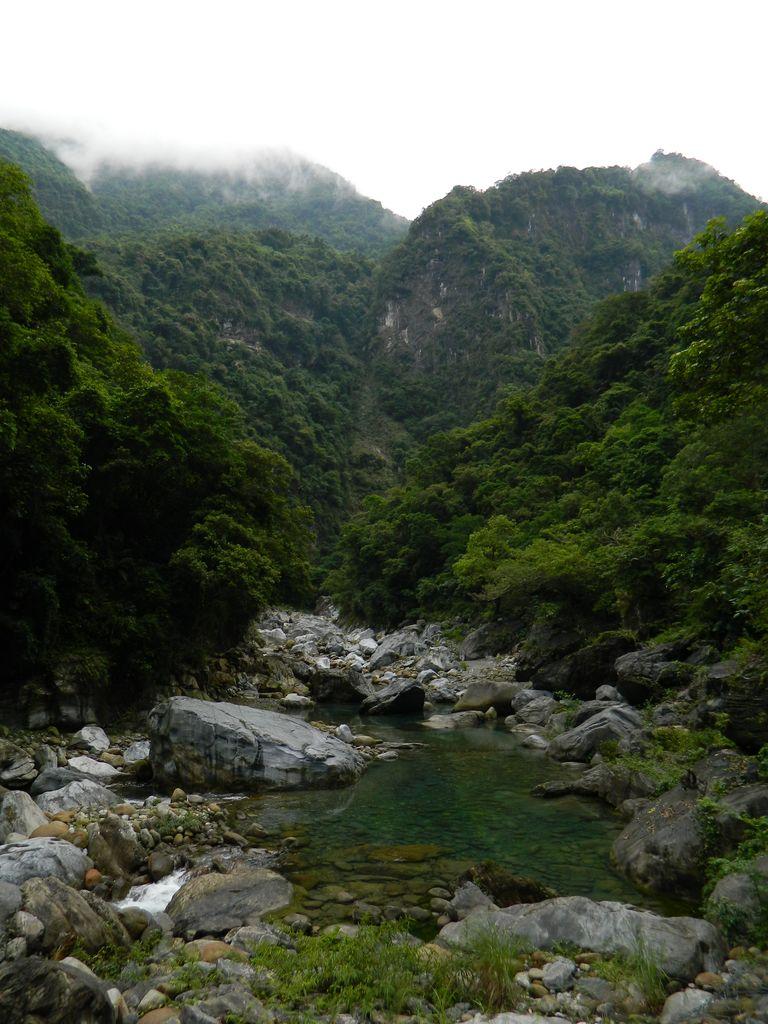 Удивительные пейзажи на тропе Shakadang, Тароко