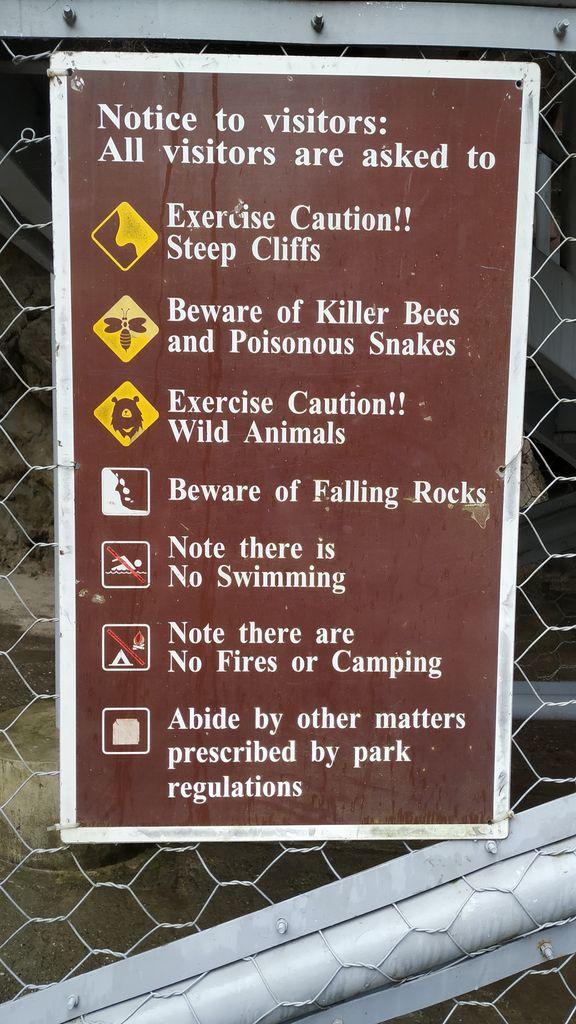 Опасности на маршруте в парке Тароко, Тайвань