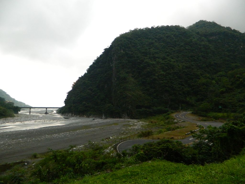 Река Liwu в парке Тароко, Тайвань