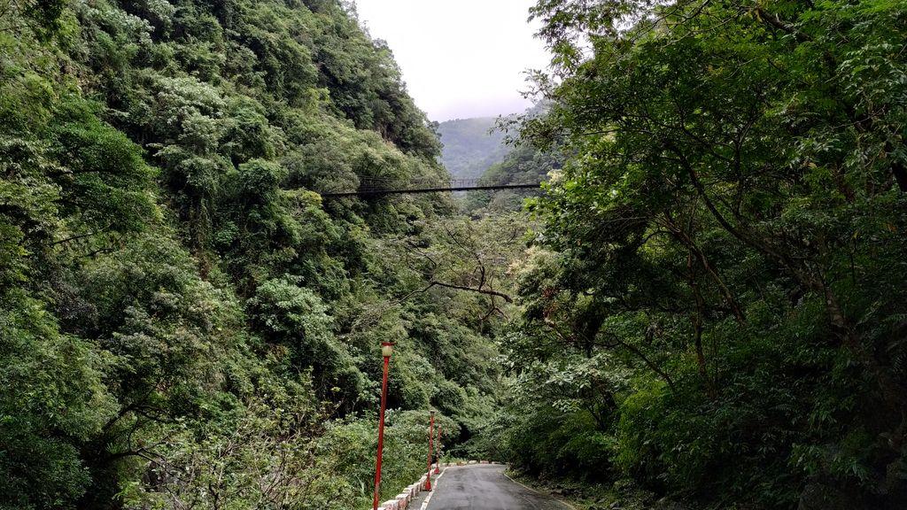 Подвесной мост возле Changuang Temple, Тароко