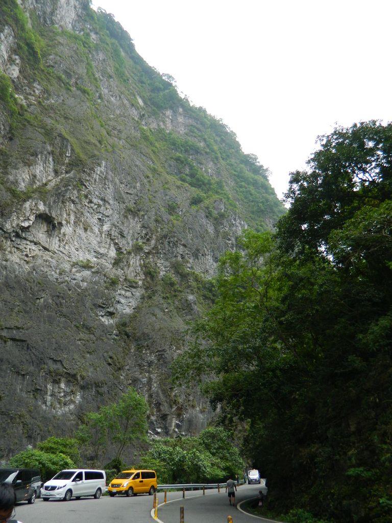 Отвесные скалы Тароко