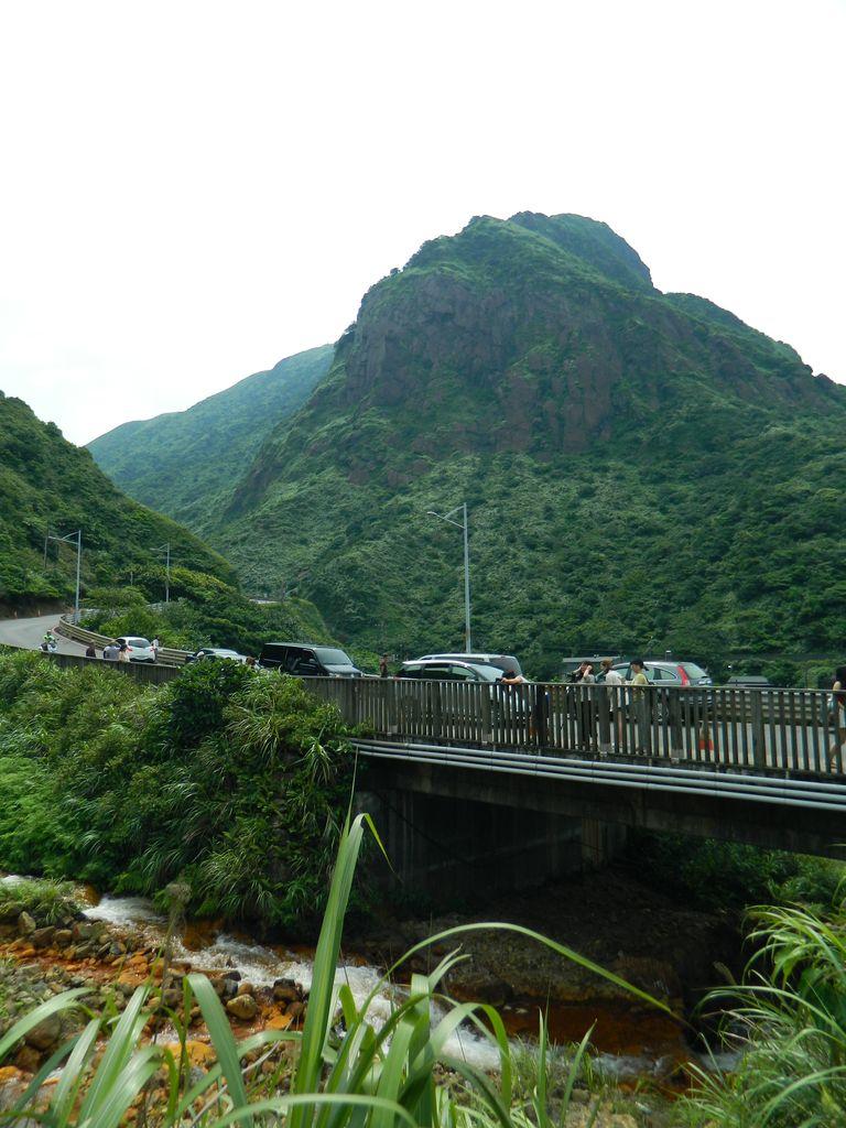 Дорога возле Golden Waterfall, Тайвань