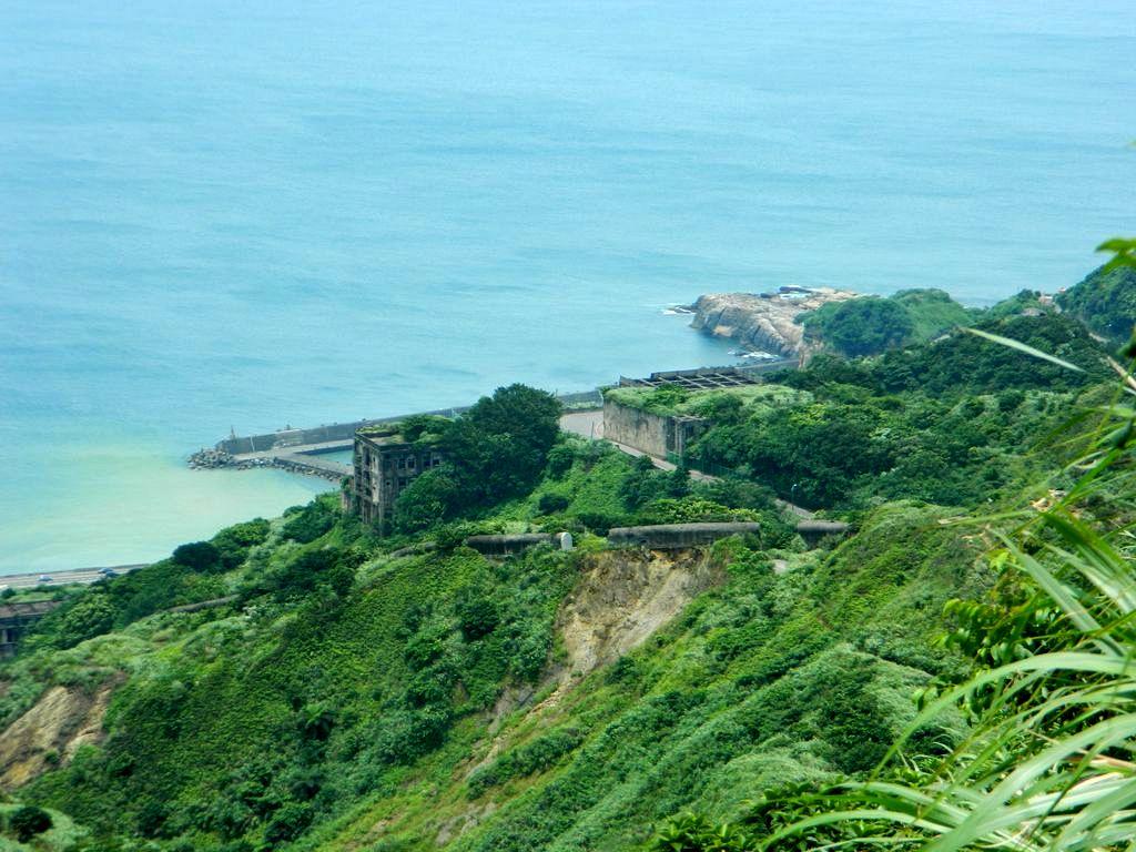 Вид на руины и море, Тайвань