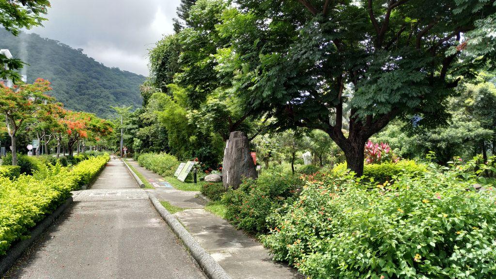 Дорога к Национальному парку Тароко от станции Xincheng, Тайвань