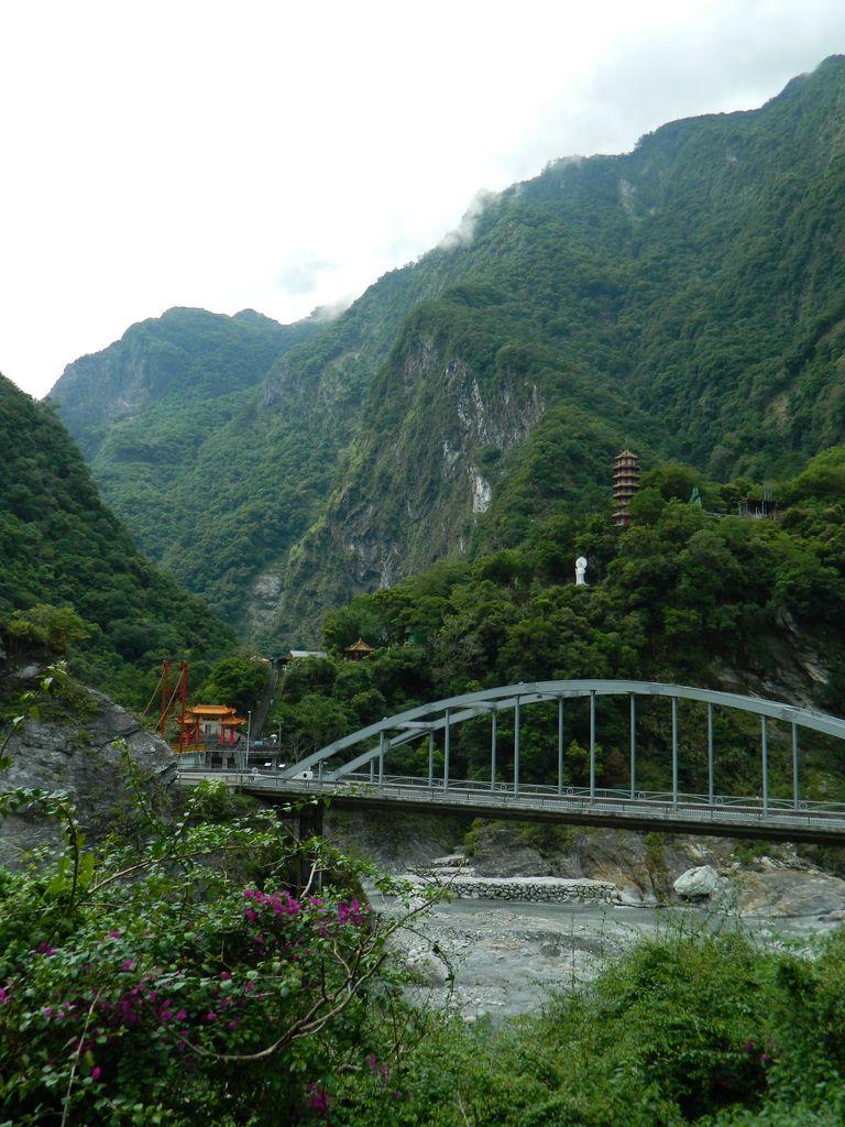 Вид на храм Xiangde, Тароко