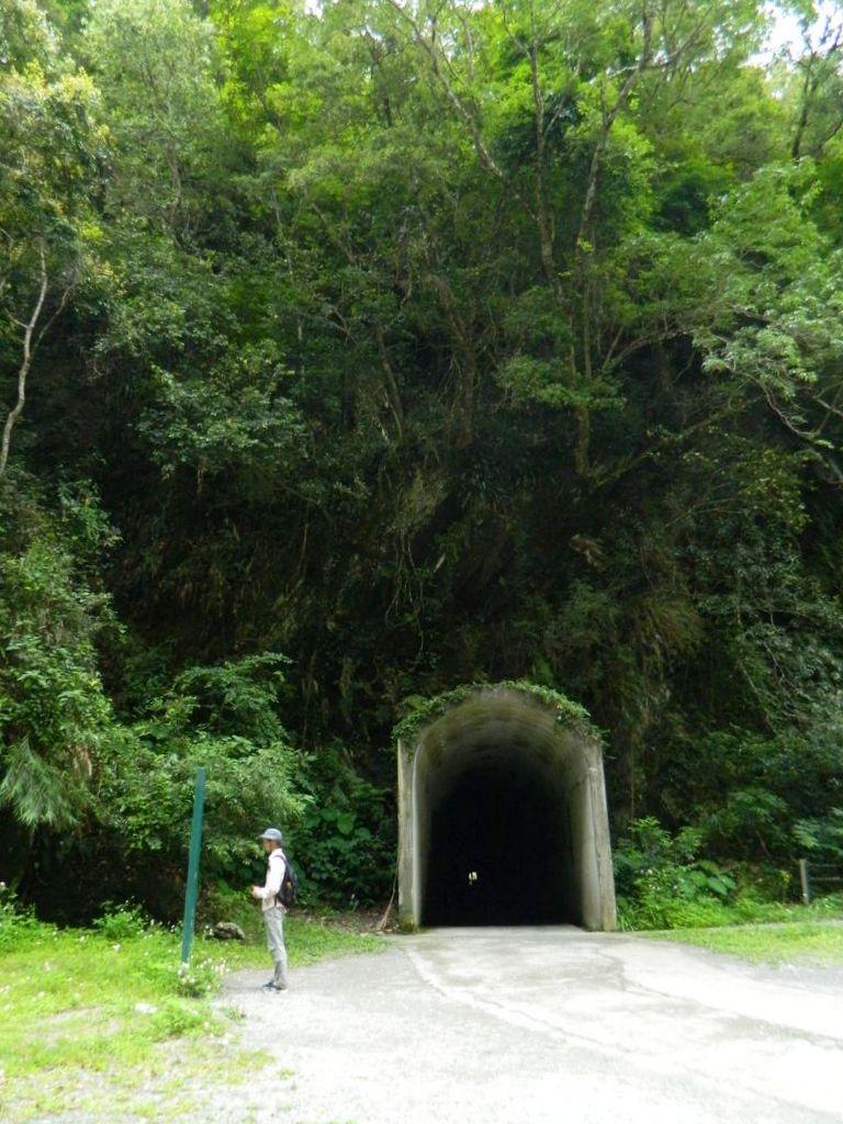 Пешеходный тоннель на маршруте, Тароко